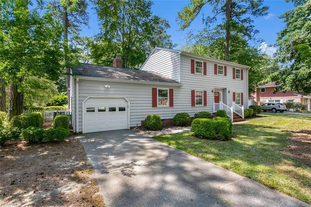 208 Wildwood Dr, York County, VA 23692 (#10390084) :: Berkshire Hathaway HomeServices Towne Realty