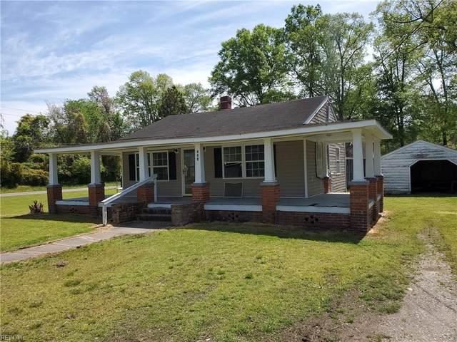 303 Gray Ave, Sussex County, VA 23890 (#10390488) :: Crescas Real Estate