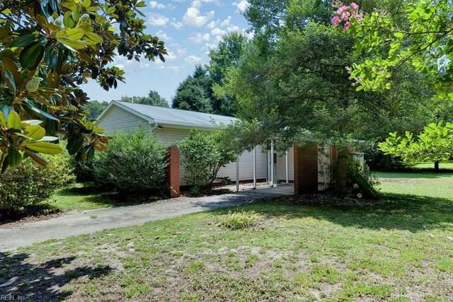 111 National Ln, York County, VA 23185 (#10390525) :: The Kris Weaver Real Estate Team