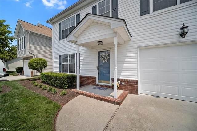 2219 Holly Berry Ln, Chesapeake, VA 23325 (#10390563) :: The Kris Weaver Real Estate Team