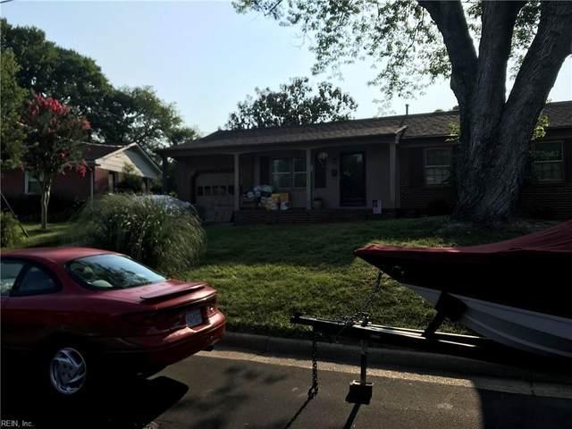 824 Lipton Dr, Newport News, VA 23608 (#10390573) :: Berkshire Hathaway HomeServices Towne Realty
