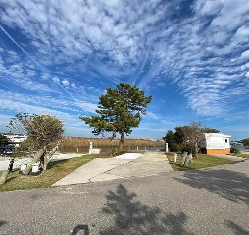 3665 Sandpiper Rd #103, Virginia Beach, VA 23456 (#10390576) :: Judy Reed Realty