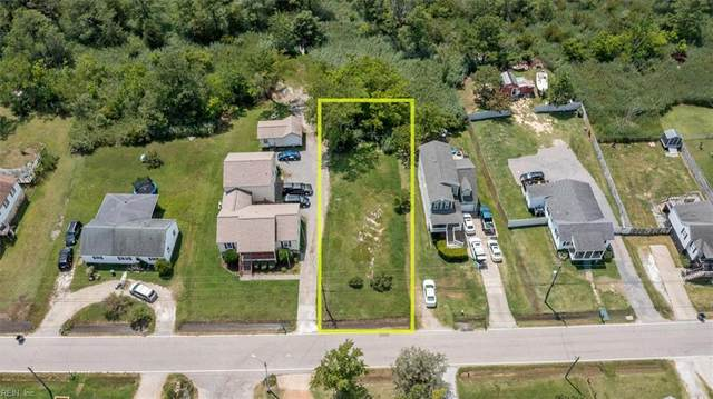 202 Ridge Rd, Poquoson, VA 23662 (#10390706) :: The Bell Tower Real Estate Team