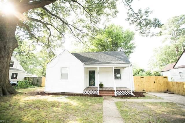 4726 Woolsey St, Norfolk, VA 23513 (#10390785) :: The Kris Weaver Real Estate Team