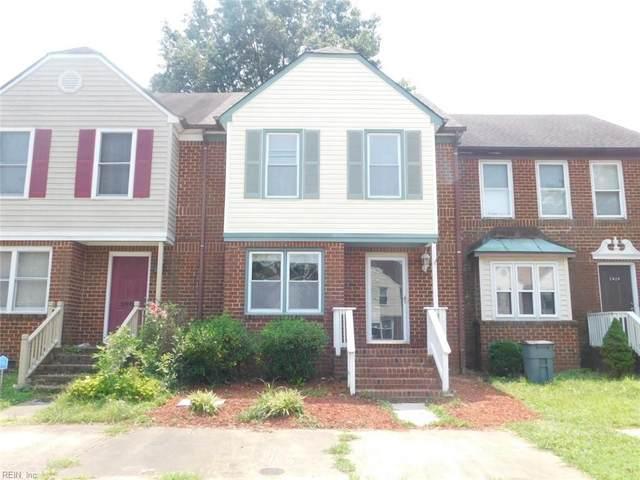 2418 Meadows Lndg, Chesapeake, VA 23321 (#10391284) :: The Kris Weaver Real Estate Team
