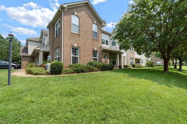 1023 Grand Oak Ln, Virginia Beach, VA 23455 (#10391308) :: The Kris Weaver Real Estate Team