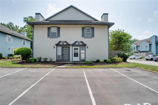 321 Ferdinand Cir, Virginia Beach, VA 23462 (#10391549) :: The Kris Weaver Real Estate Team