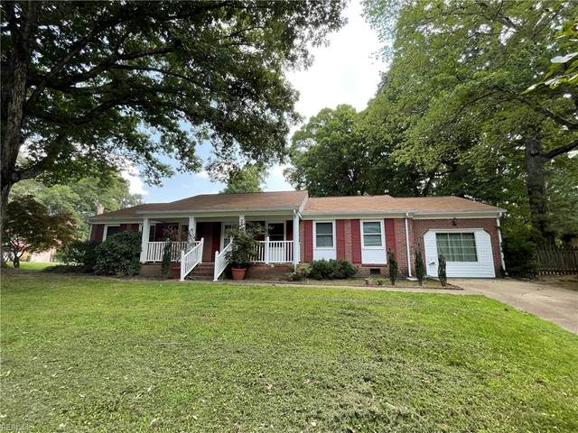 28 Indian Springs Dr, Newport News, VA 23606 (#10392160) :: The Kris Weaver Real Estate Team