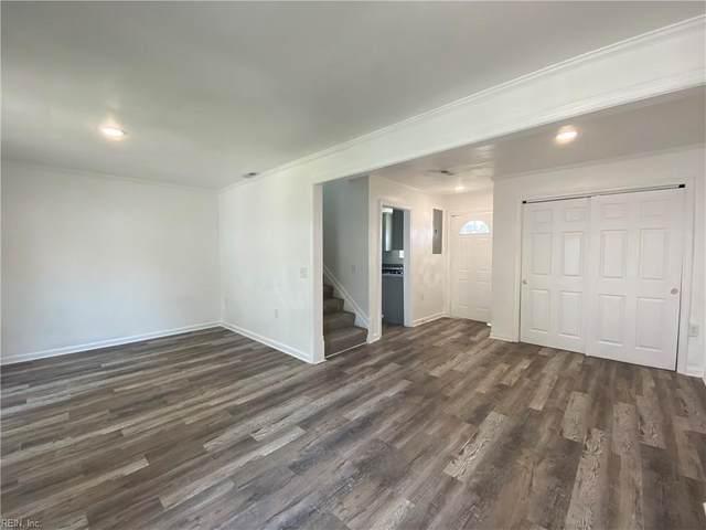 911 Sherman Ln, Norfolk, VA 23523 (#10392663) :: Berkshire Hathaway HomeServices Towne Realty