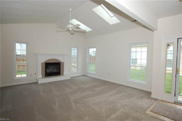 129 Chanticlair Dr, York County, VA 23693 (#10392844) :: Rocket Real Estate