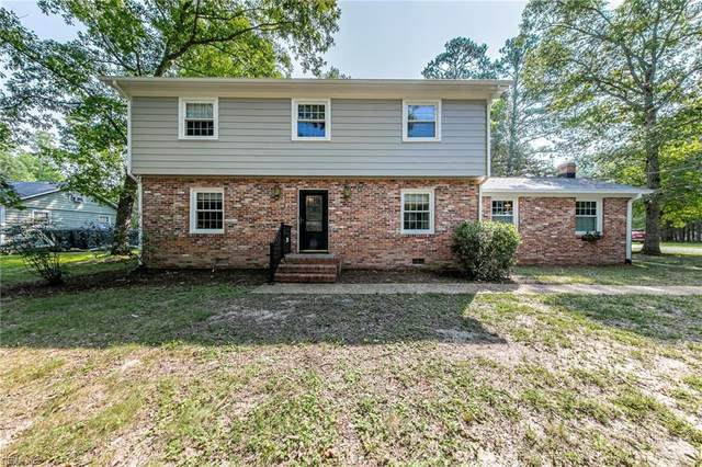 137 Pasbehegh Dr, James City County, VA 23185 (#10392896) :: RE/MAX Central Realty