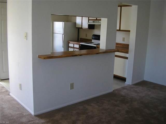 2109 Advent Ct, Virginia Beach, VA 23454 (#10393025) :: Berkshire Hathaway HomeServices Towne Realty