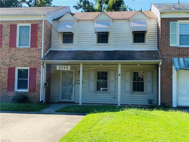 3226 Clover Hill Dr, Portsmouth, VA 23703 (#10394954) :: Berkshire Hathaway HomeServices Towne Realty