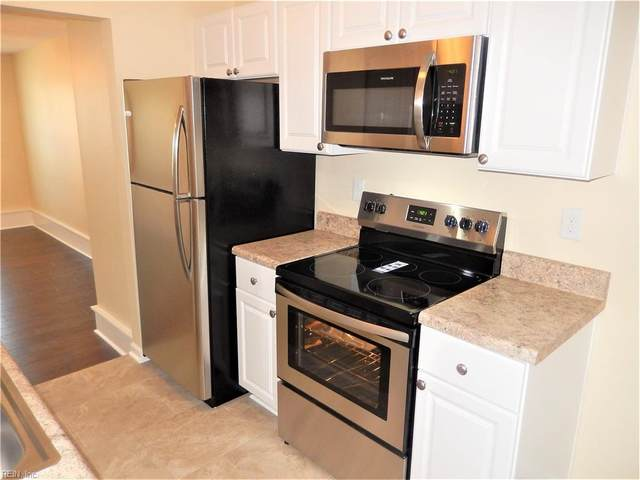 5532 Maple Cluster Ct, Virginia Beach, VA 23462 (#10395005) :: Berkshire Hathaway HomeServices Towne Realty