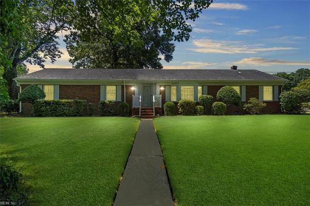 2400 Deerfield Cres, Chesapeake, VA 23321 (#10395162) :: The Kris Weaver Real Estate Team