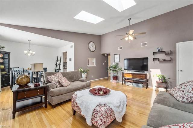 1423 Olivewood Ct, Virginia Beach, VA 23464 (#10395602) :: Team L'Hoste Real Estate