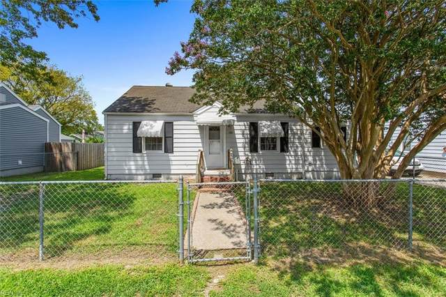 720 Grove St, Hampton, VA 23664 (MLS #10396120) :: AtCoastal Realty