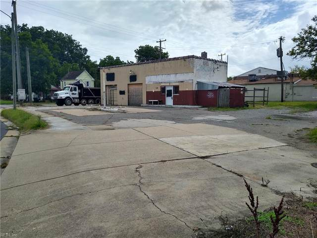 247 Buxton Ave, Newport News, VA 23607 (#10396564) :: Rocket Real Estate