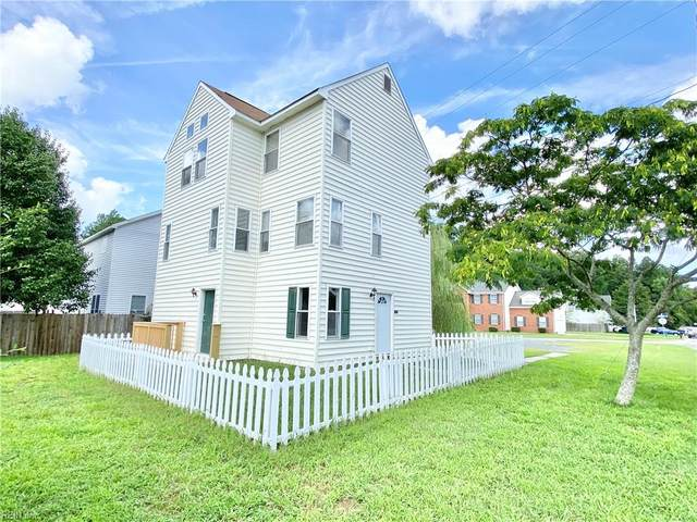 3132 Bromay St, Chesapeake, VA 23321 (#10397181) :: The Kris Weaver Real Estate Team