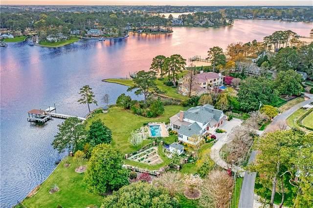 913 Holladay Pt, Virginia Beach, VA 23451 (#10397697) :: The Kris Weaver Real Estate Team