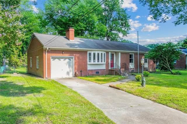 705 Forrest Dr, Newport News, VA 23601 (#10397937) :: The Kris Weaver Real Estate Team