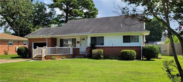 1621 Skyline Dr, Norfolk, VA 23518 (#10398359) :: Team L'Hoste Real Estate