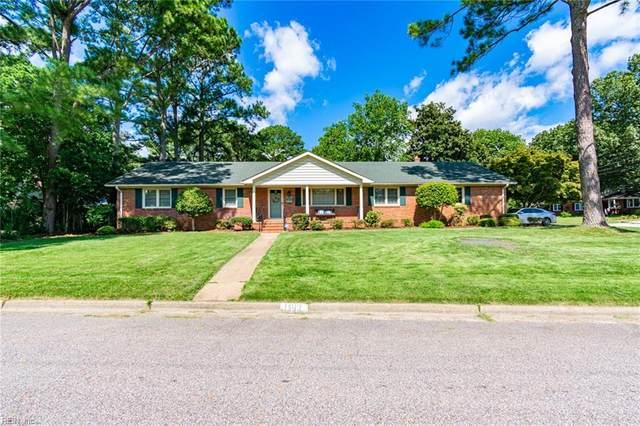 1109 Pickwick Rd, Virginia Beach, VA 23455 (#10398958) :: The Kris Weaver Real Estate Team