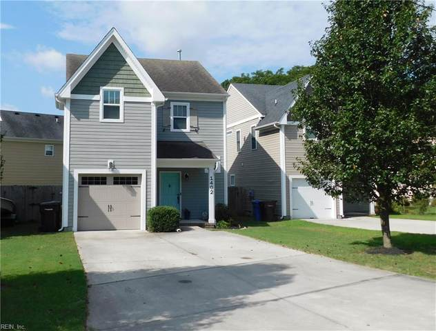 1402 Goodman St, Chesapeake, VA 23321 (#10398974) :: The Kris Weaver Real Estate Team