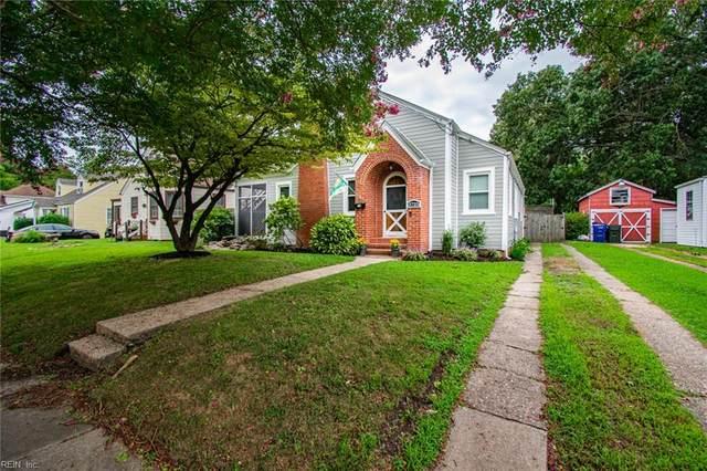 3725 Nottaway St, Norfolk, VA 23513 (#10399016) :: The Kris Weaver Real Estate Team