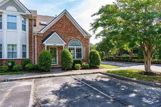 600 W Lake Cir #58, Chesapeake, VA 23322 (#10399040) :: Rocket Real Estate
