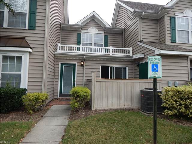 2559 Old Greenbrier Rd, Chesapeake, VA 23324 (#10399250) :: Berkshire Hathaway HomeServices Towne Realty