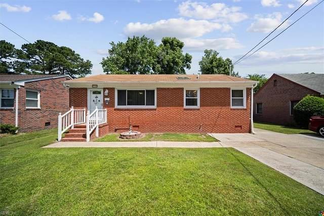 710 Burgess Ave, Hampton, VA 23664 (#10399412) :: RE/MAX Central Realty