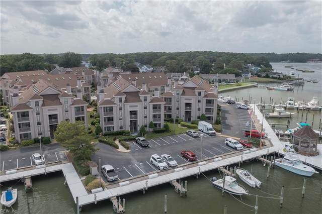 415 Harbour Pt #301, Virginia Beach, VA 23451 (#10399821) :: Berkshire Hathaway HomeServices Towne Realty