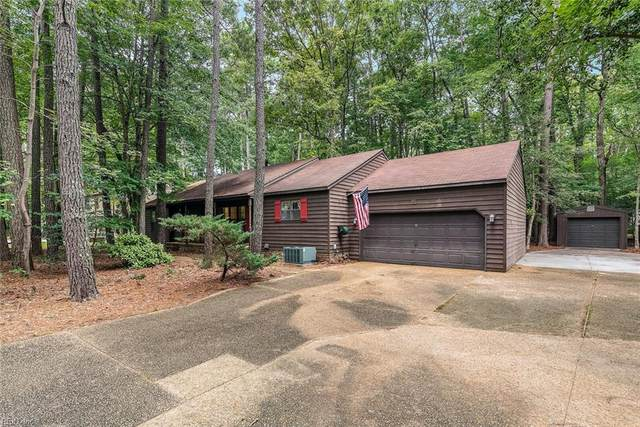 102 Arena St, James City County, VA 23185 (#10400006) :: RE/MAX Central Realty