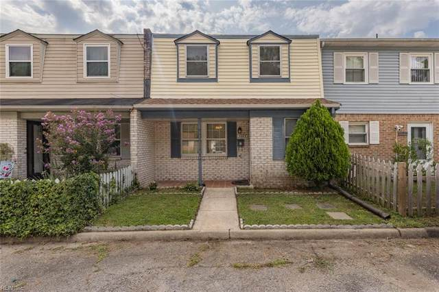 3223 Lakecrest Rd, Virginia Beach, VA 23452 (#10400160) :: Team L'Hoste Real Estate