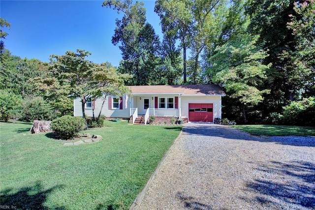8261 Pond View Dr, Gloucester County, VA 23061 (#10400500) :: Atkinson Realty