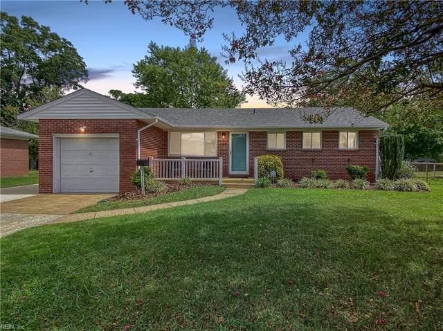 728 Aragona Blvd, Virginia Beach, VA 23455 (#10401040) :: The Kris Weaver Real Estate Team