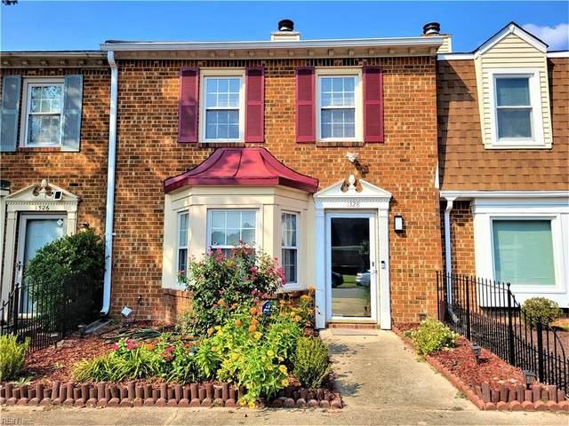 1328 Mill Lake Quarter, Chesapeake, VA 23320 (#10401074) :: The Kris Weaver Real Estate Team
