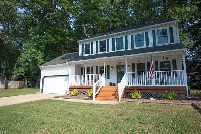 1308 Sand Wedge Ct, Chesapeake, VA 23320 (#10401615) :: The Kris Weaver Real Estate Team