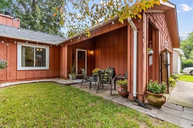 4448 Smokey Lake Dr, Virginia Beach, VA 23462 (#10401734) :: The Kris Weaver Real Estate Team