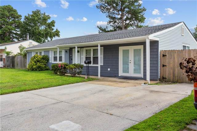 3025 Bow Creek Blvd, Virginia Beach, VA 23452 (#10401818) :: The Kris Weaver Real Estate Team