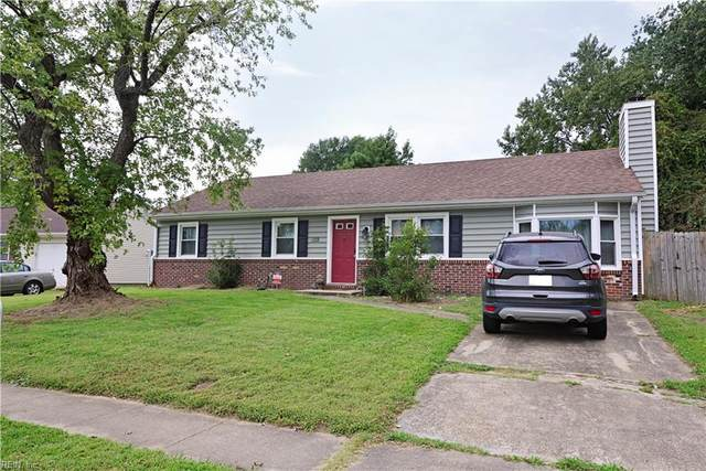 1128 Sir Galahad Dr, Chesapeake, VA 23323 (#10402425) :: The Kris Weaver Real Estate Team