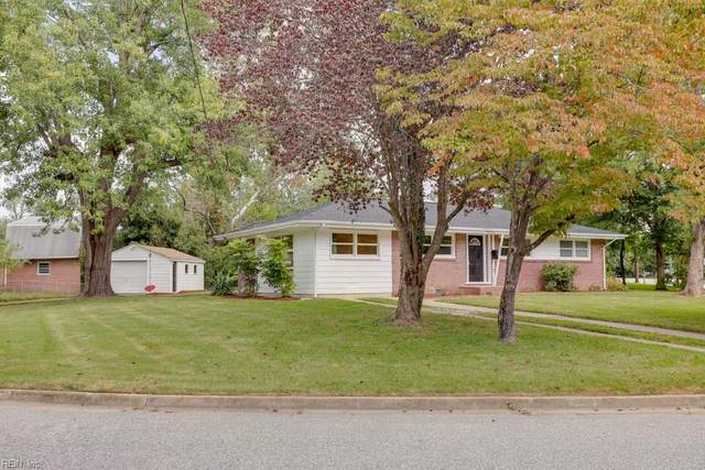47 Edgemoor Dr, Newport News, VA 23603 (#10402850) :: RE/MAX Central Realty