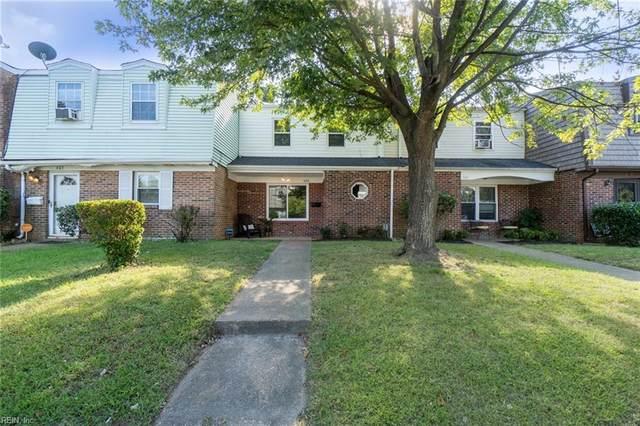 605 Red Horse Lane, Virginia Beach, VA 23462 (#10404566) :: The Kris Weaver Real Estate Team