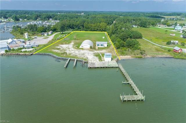 9778 York River Seafood Ln, Gloucester County, VA 23072 (#10405209) :: Abbitt Realty Co.