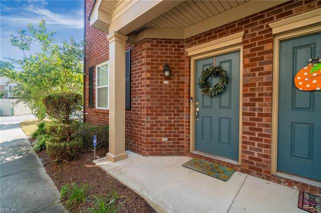 336 Holyoke Ln, Chesapeake, VA 23320 (#10405239) :: Rocket Real Estate