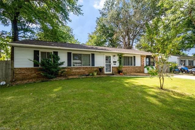 3713 Starlighter Dr, Virginia Beach, VA 23452 (#10405351) :: Berkshire Hathaway HomeServices Towne Realty
