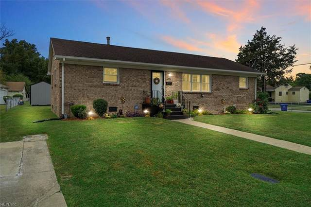 205 Riddick Dr, Portsmouth, VA 23701 (#10406490) :: Berkshire Hathaway HomeServices Towne Realty