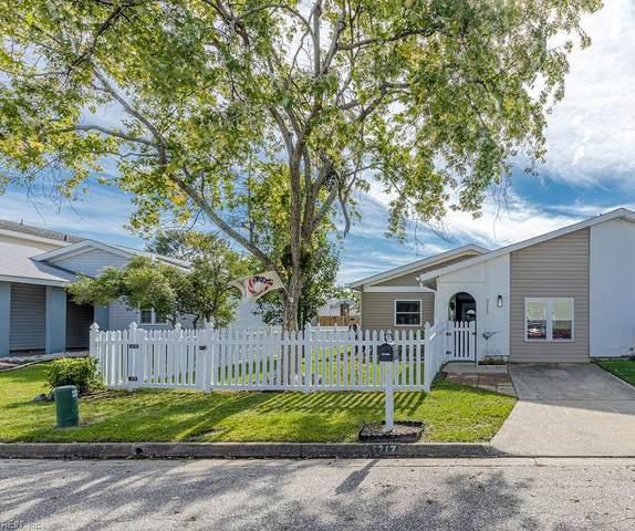 3217 Barrington Dr, Virginia Beach, VA 23452 (#10406741) :: Berkshire Hathaway HomeServices Towne Realty
