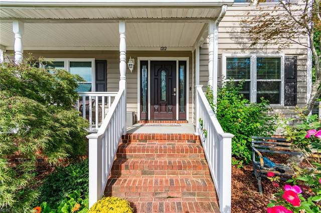 1212 Dominion Lakes Ct, Chesapeake, VA 23320 (#10407222) :: The Kris Weaver Real Estate Team